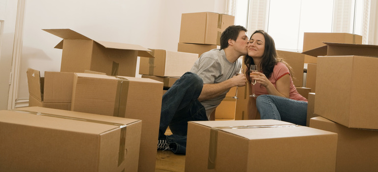 A couple after employing packing services NJ